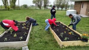 Community Garden Planting 042916